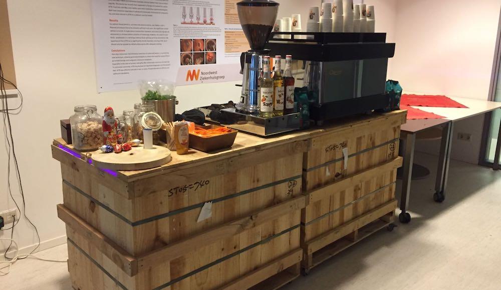 kaldi houten koffiebar